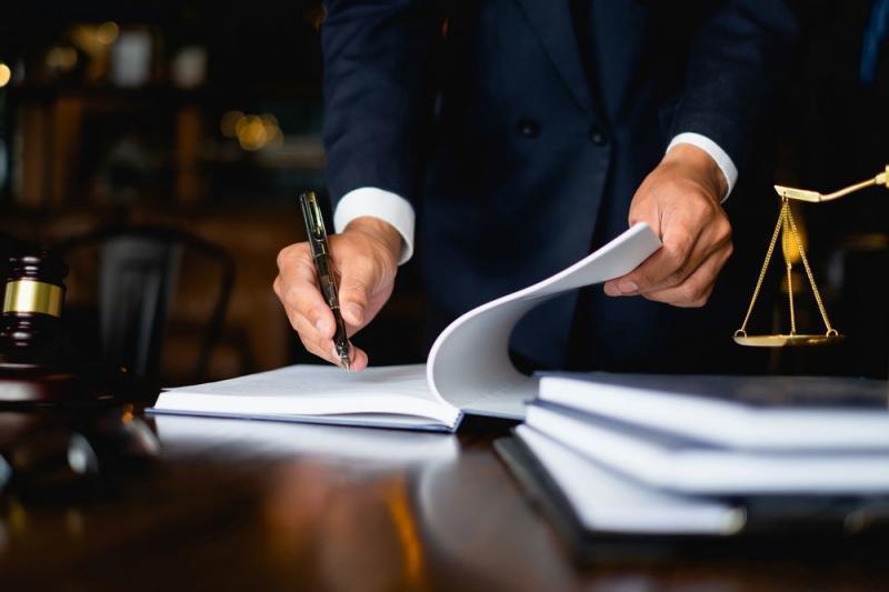 Адвокаты смогут работать за процент от выигрыша в деле