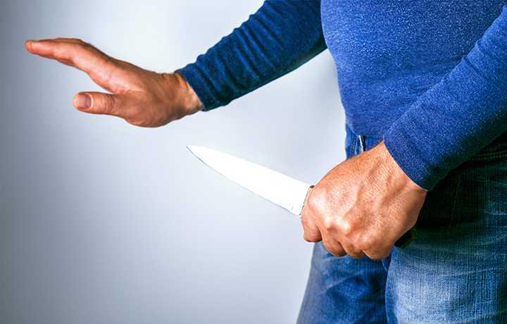 ВС переквалифицировал действия осужденного за убийство на превышение необходимой обороны