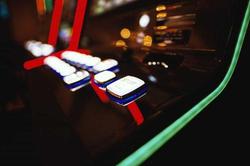 За нелегальные азартные игры предложили наказывать строже